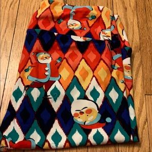 Santa Lularoe leggings TC